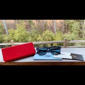 ⭐️Fendi sunglasses